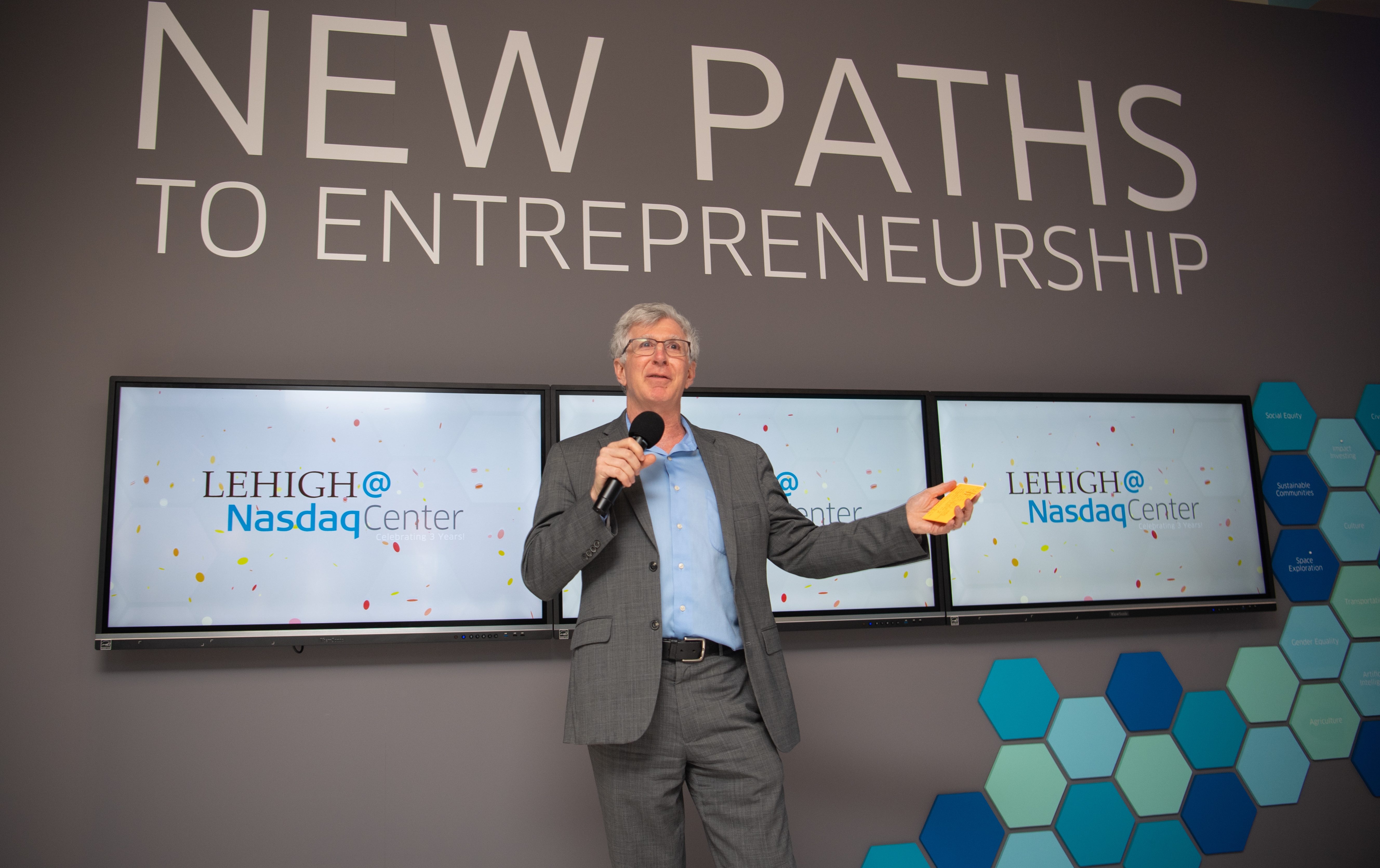Lehigh President John Simon at New Paths to Entrepreneurship exhibit opening